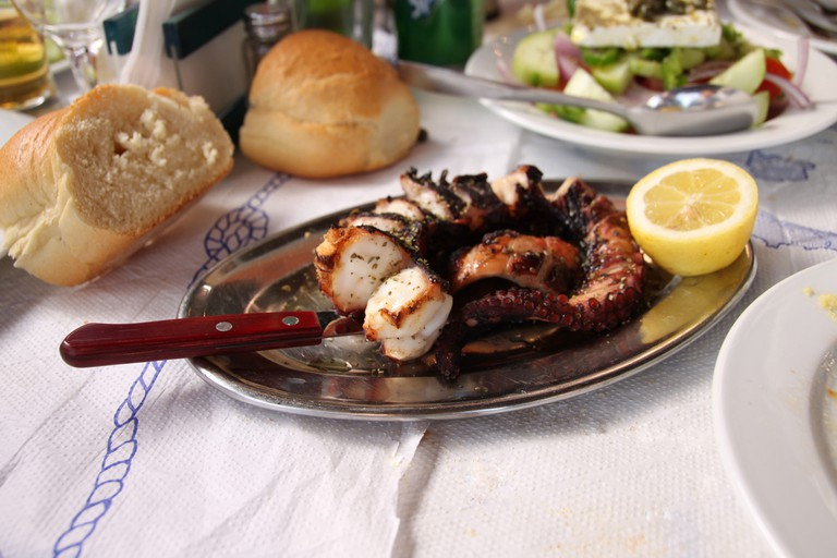 Grilled octopus | © Klearchos Kapoutsis/Flickr