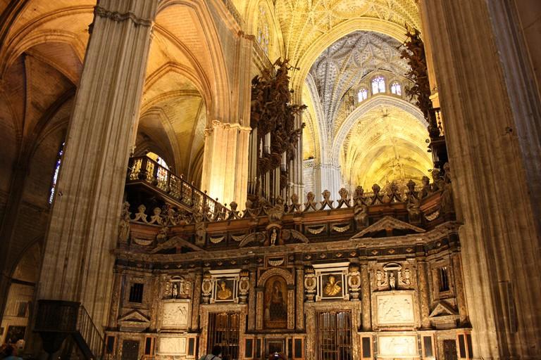 Inside Seville Cathedral © Andrew Wilkinson/Flickr