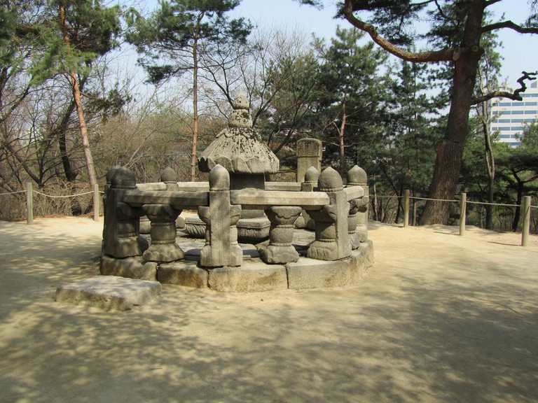 Taesil, a shrine where the royal family stored the placenta and umbilical cords of their children   © Kitty Schweizer / Flickr