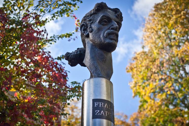 Frank Zappa Statue  © Ville Hyvönen/Flickr