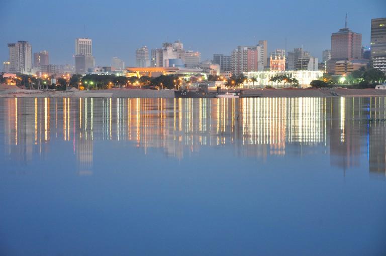 Asunción across the water © Anztowa / Flickr