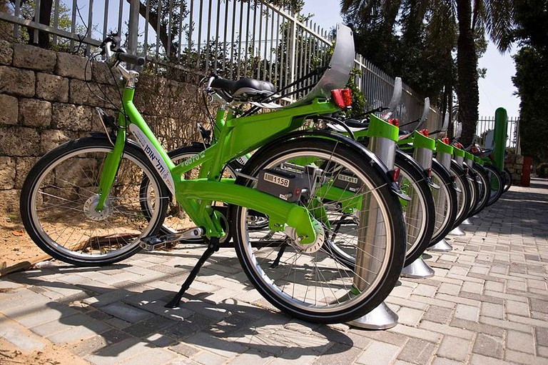 Tel Aviv's rent-a-bike city bike Tel-o-Fun   Assafk88, Wikipedia