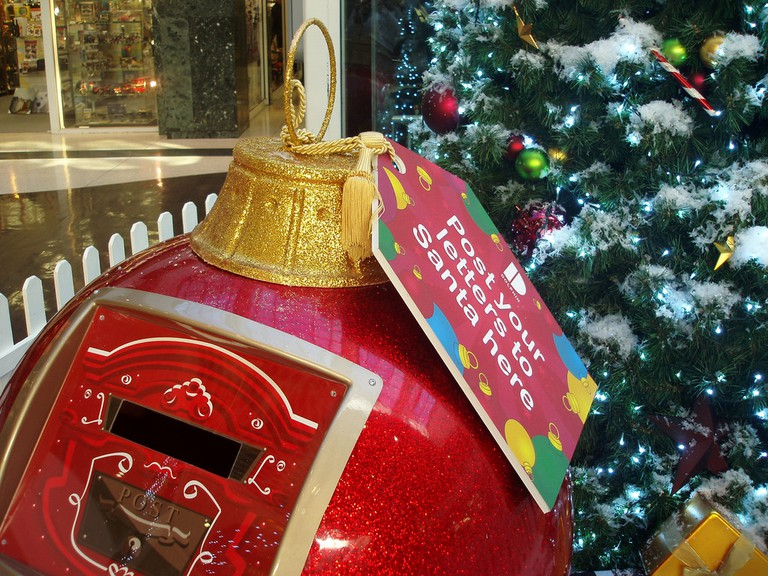 Posting a letter to Santa | © Lets Go Out Bournemouth and Poole / Flickr