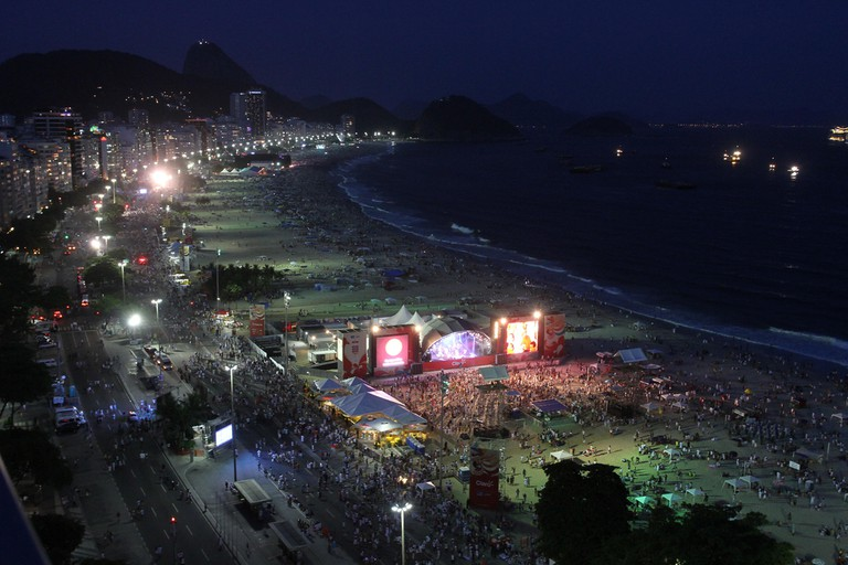 Copacabana at night |© Rafael Moraes | Riotur/Flickr