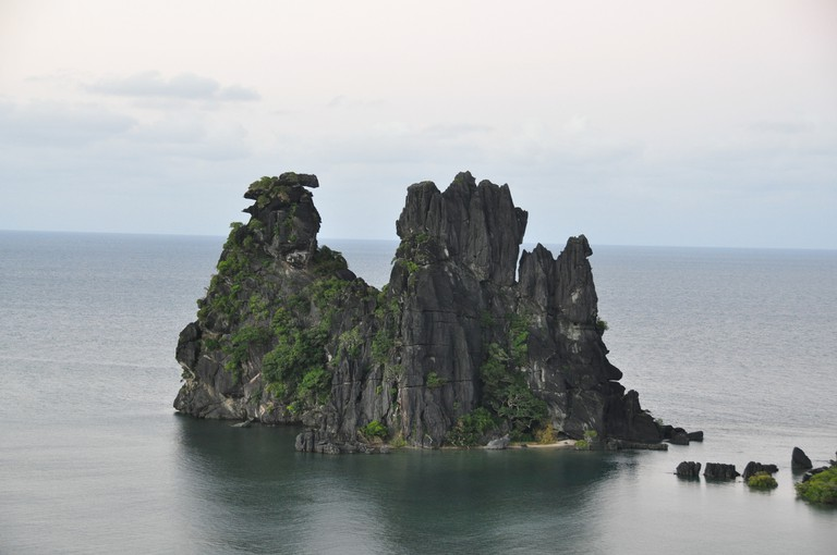 Famous rock formations at Hienghène | © Fourrure / Flickr