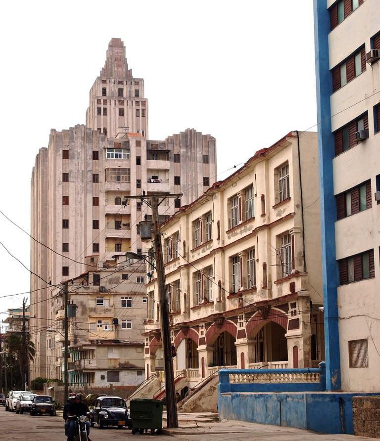Lopez Serrano Building, Havana | © Sandra Cohen-Rose and Colin Rose / Flickr