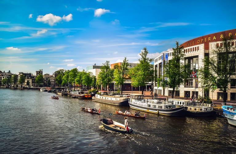 Blue skies above Amsterdam | © pixabay