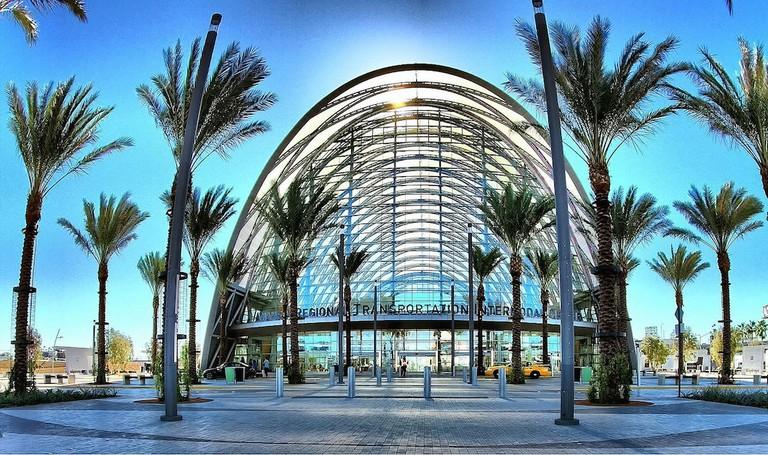 ARTIC (Anaheim Regional Transportation Intermodal Center)|©Ron Reiring/Flickr