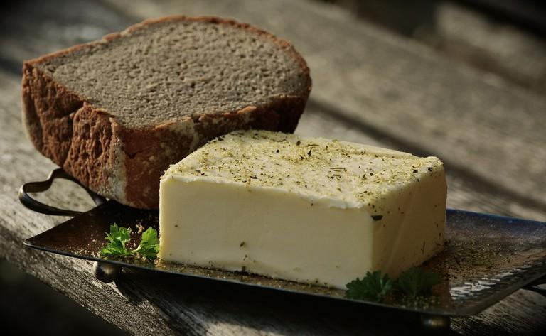 Delicious local butter | © congerdesign / Pixabay