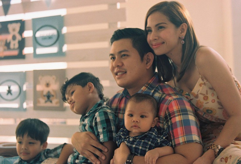 Filipino family | © Lady May Pamintuan / Flickr