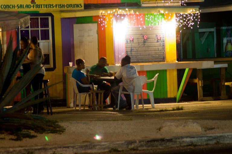 Late night dining at Fish Fry Arawak Cay|© Mark Bonica/Flickr