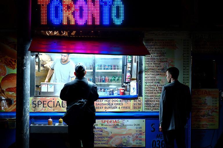 Late-night food truck run | © Ian Muttoo/ Flickr