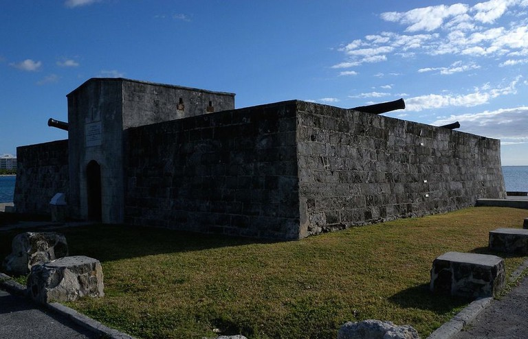 https://commons.wikimedia.org/wiki/File:Fort_Montagu_-_panoramio.jpg