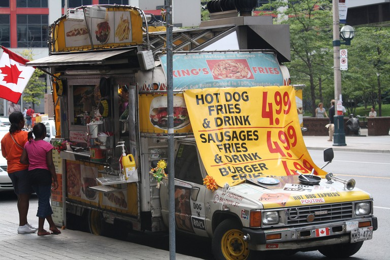 Food truck on Front Street | © Danielle Scott/ Flickr