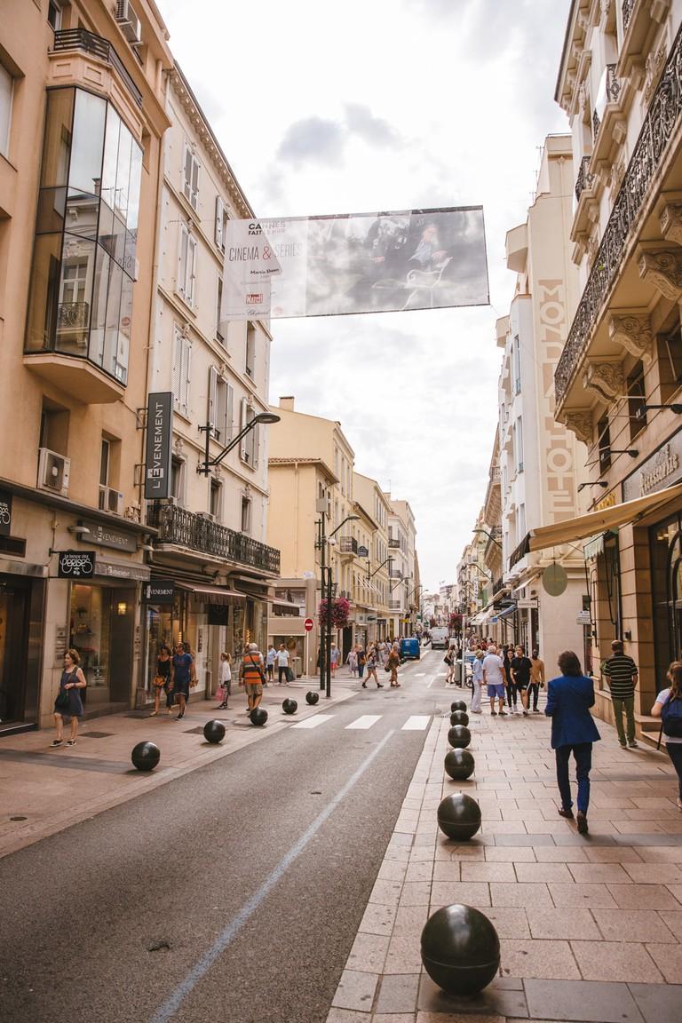 JCTP0068-Rue d'Antibes-Cannes-France-Fenn--103