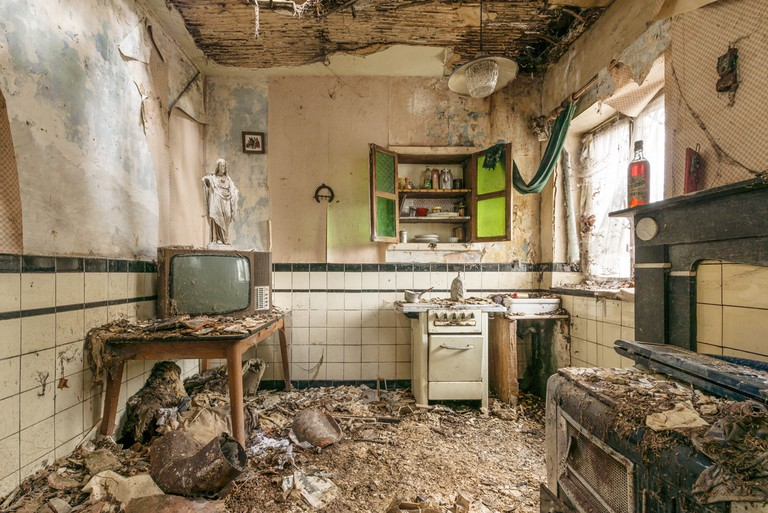 Jesus in a kitchen from the Home Sweet Home series │ Courtesy of Romain Veillon