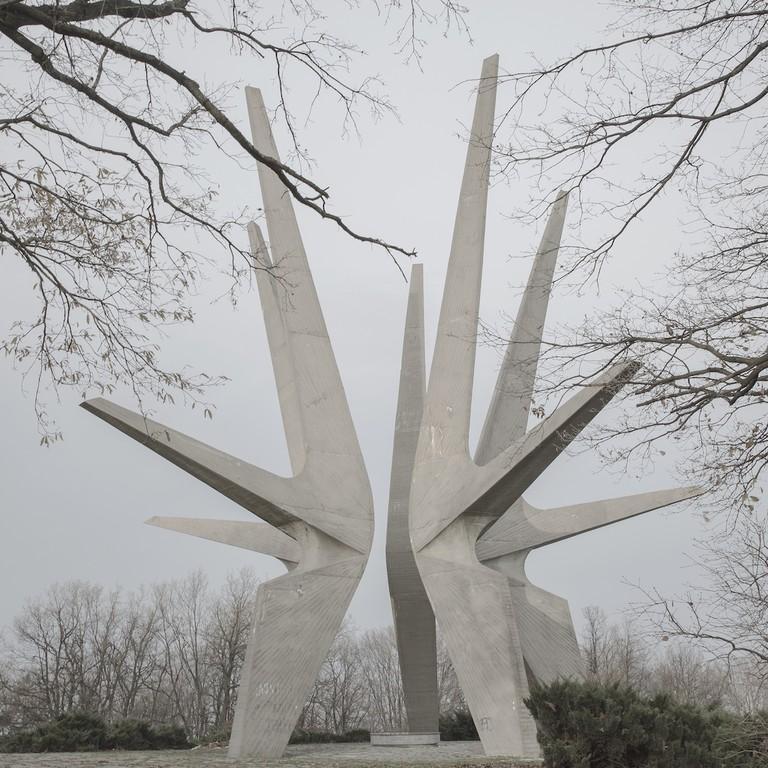 Jovana Mladenovic, Kosmaj Monument, 2016. Photograph, 23x23cm and 40x50cm