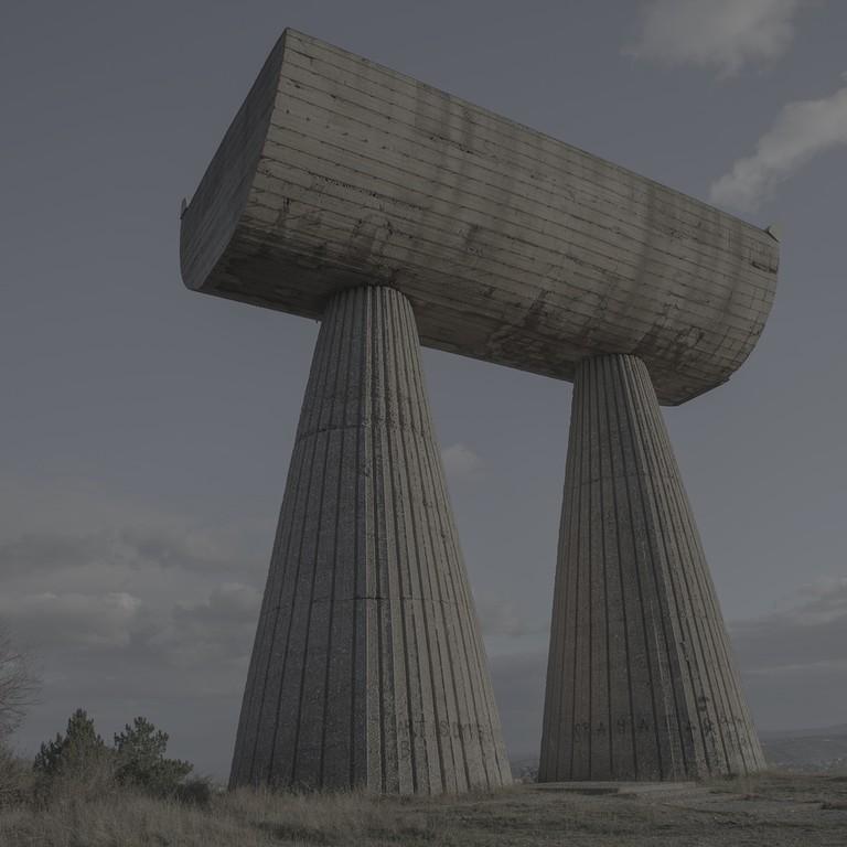 Jovana Mladenovic, Mitrovica Monument