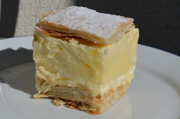 Kremes Hungarian dessert