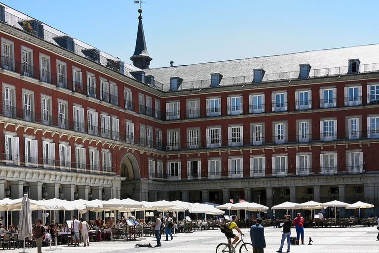 Outdoor terraces in the Plaza Mayor | © Jim Anzalone/Flickr