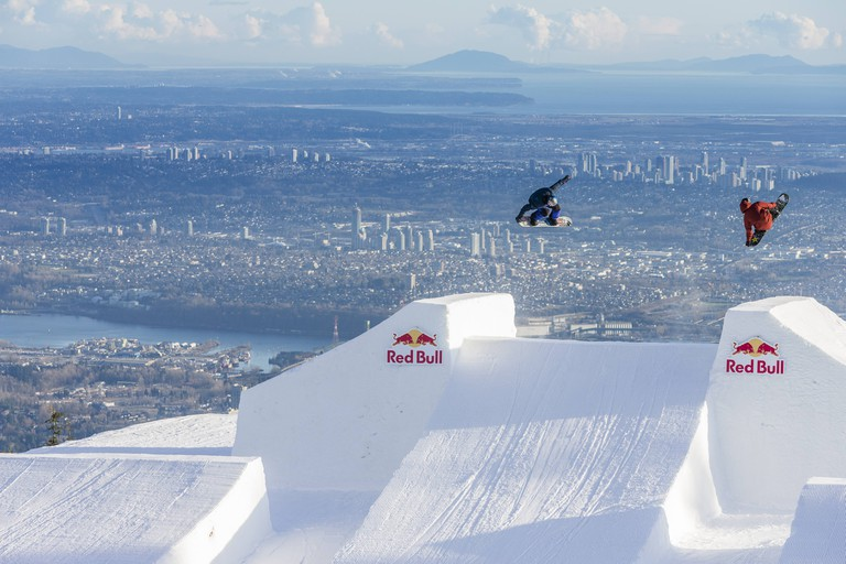Tyler Nicholson and Mikey Ciccarelli perform. | © Red Bull Content Pool