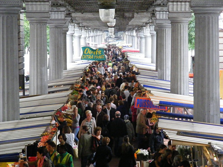 Paris market │© Oliver H/WikiCommons