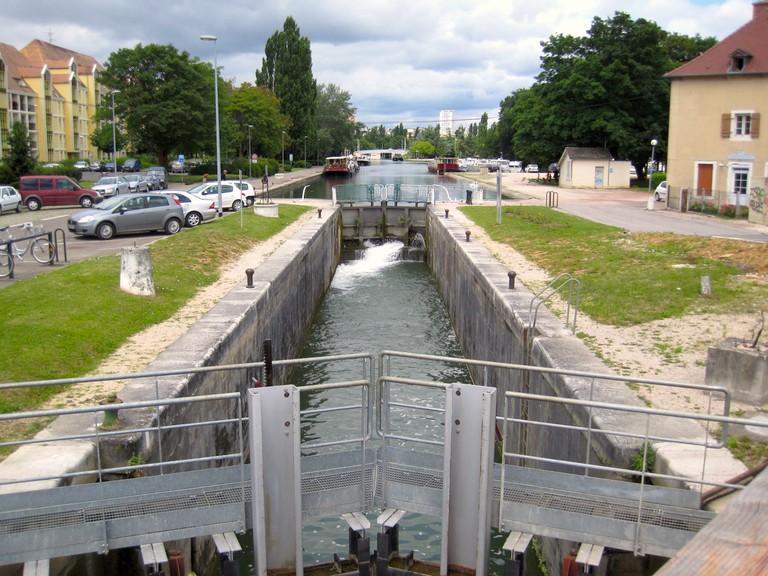 Port du Canal, Dijon ©Arnaud25/Wikicommons