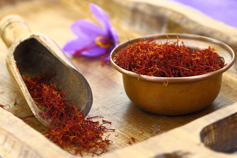 Dried saffron spice and Saffron flower| © Gts/Shutterstock