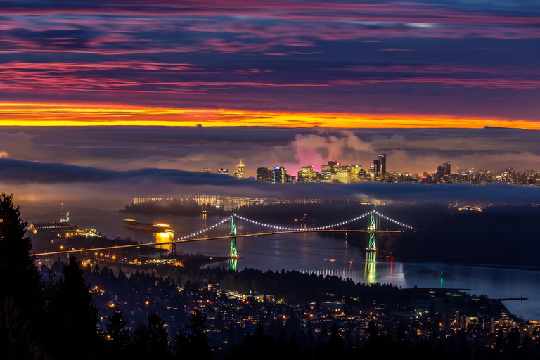 Sunrise from West Vancouver | © Pierre Leclerc / Shutterstock