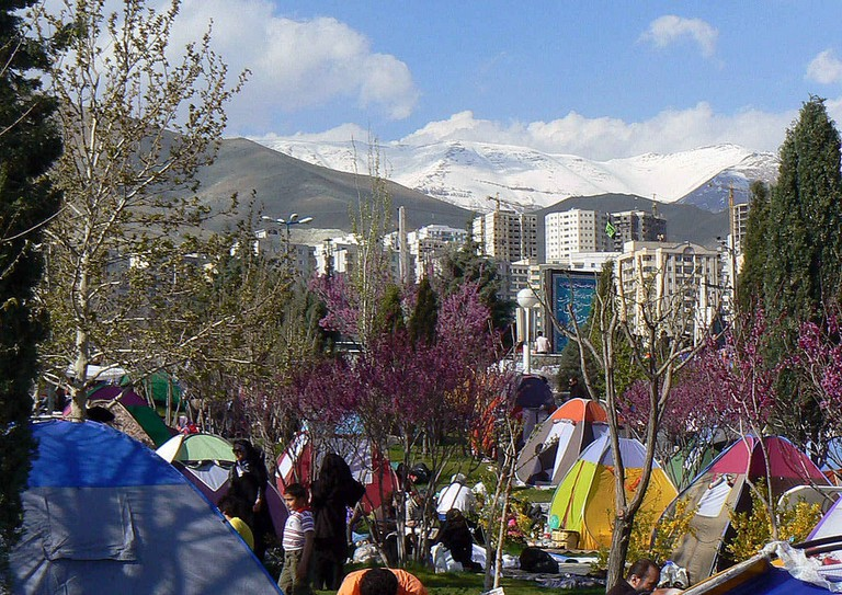 The 13th day of Nowruz is spent outdoors   © سعید / Wikimedia Commons