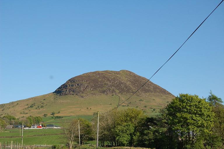 Sliabh Mis or Slemish Mountain | © Amberwp/WikiCommons