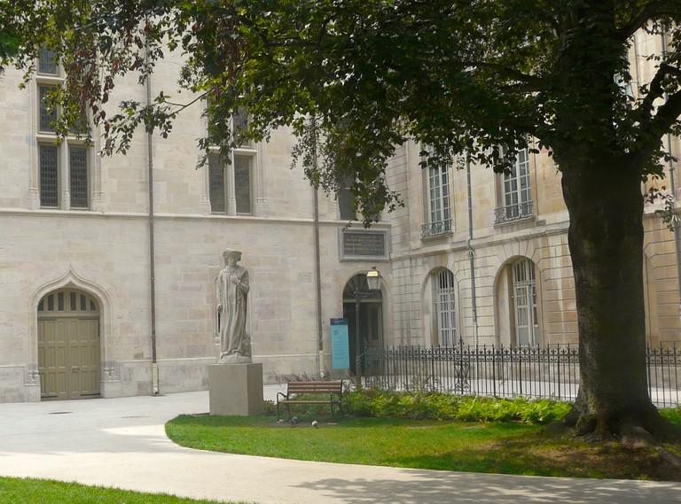Statue of Philip de Good ©Ville de Dijon