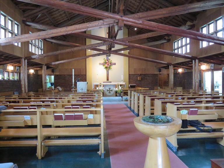 Inside St. Alban's Church in Tokyo | © Aw1805/WikiCommons