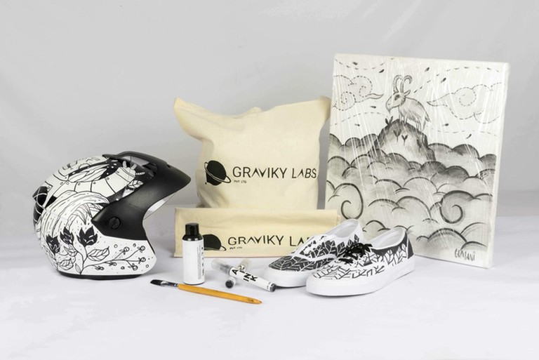 Swag decorated with AIR-INK markers, paints and screen printing inks | Courtesy of Graviky Labs