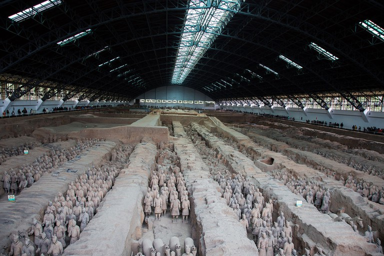Terracotta_Army,_View_of_Pit_1