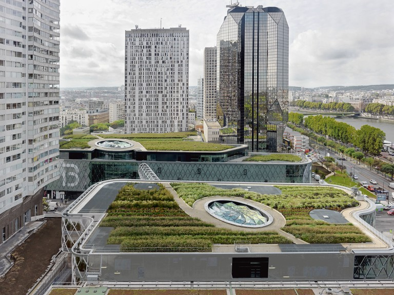The rooftop of Beaugrenelle Shopping Centre│© Philippe Chancel, Courtesy of Valode & Pistre Architectes