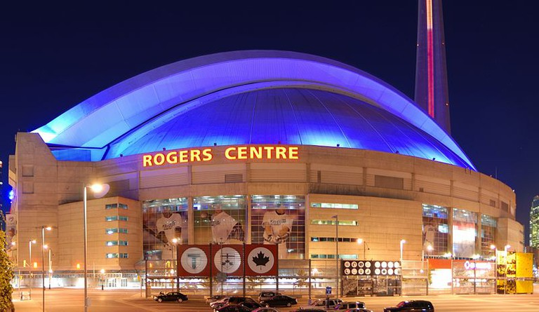 Rogers Centre at night |© Wladyslaw/ WikiCommons