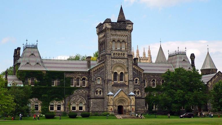 University College at the University of Toronto | © Nat /WikiCommons