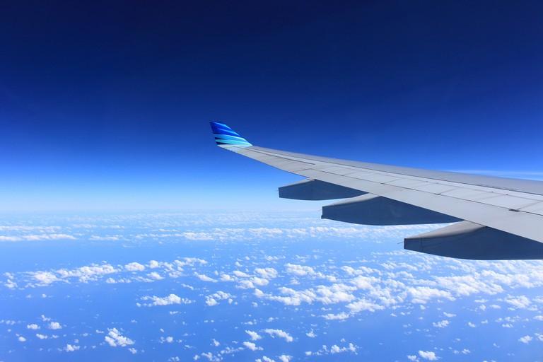 Airplane Wing   Fuzz/Pixabay