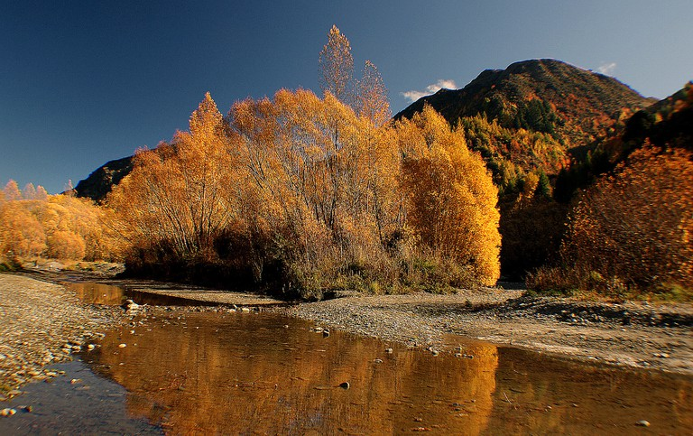 Arrow River in Autumn   © Bernard Spragg/Flickr