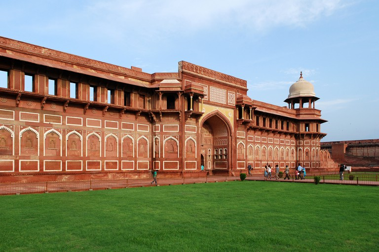 Inside Agra Fort  ©Sanyam Bahga / Flickr