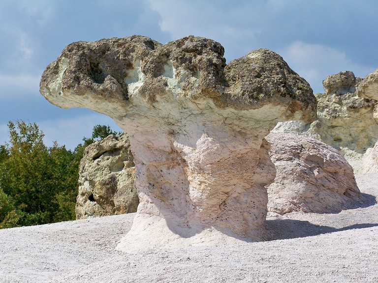 The Stone Mushrooms in Bulgaria | © www.vacacionesbulgaria.com/WikiCommons