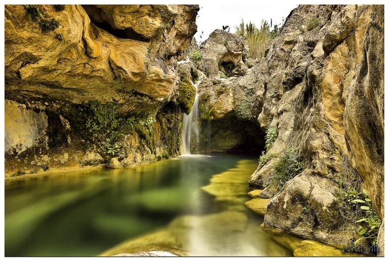 "<a href=""https://www.flickr.com/photos/98810885@N07/14078325570/"">Natural pools at Bolbaite, Valencia | © Jordi Nll/Flickr</a>"