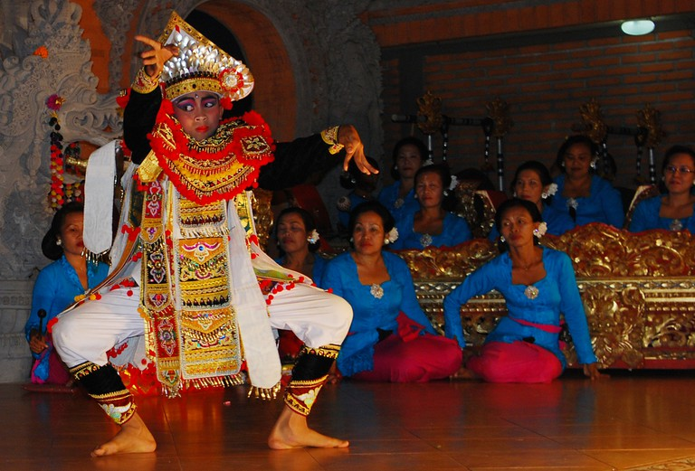 Dancing with gamelan music