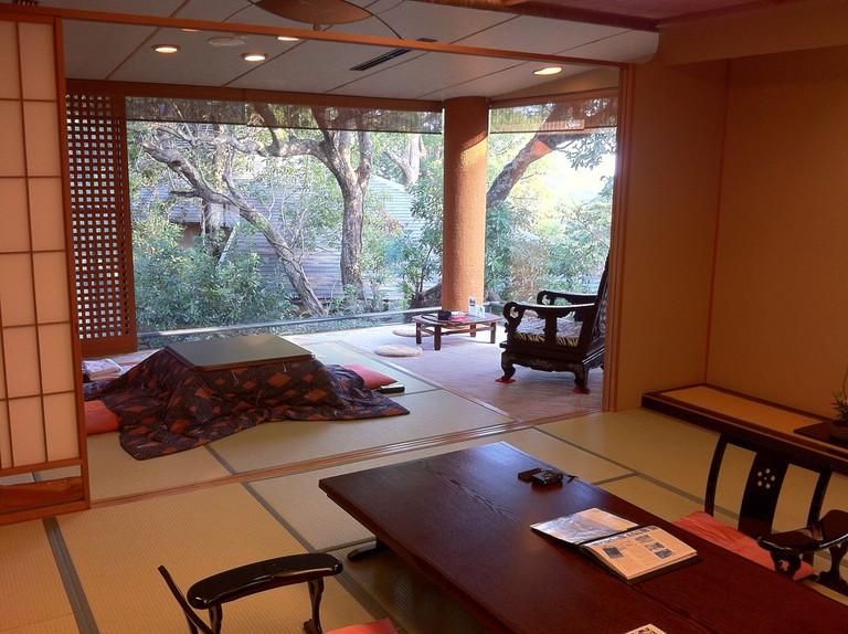 A typical ryokan room setup | © Banalities/Fllickr