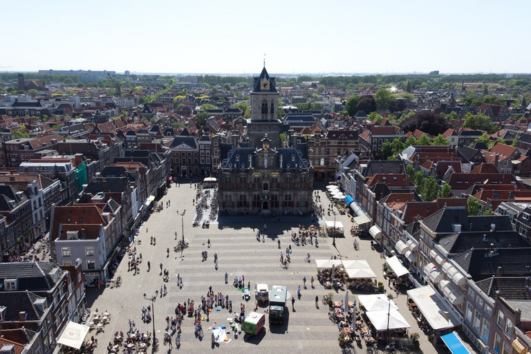 Delft's market takes place around the city's Nieuwe Kerk