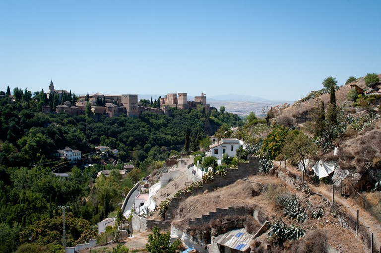 """<a href=""""https://www.flickr.com/photos/snippyhollow/"""" target=""""_blank"""" rel=""""noopener noreferrer"""">Sacromonte, Granada, with the Alhambra in the background 