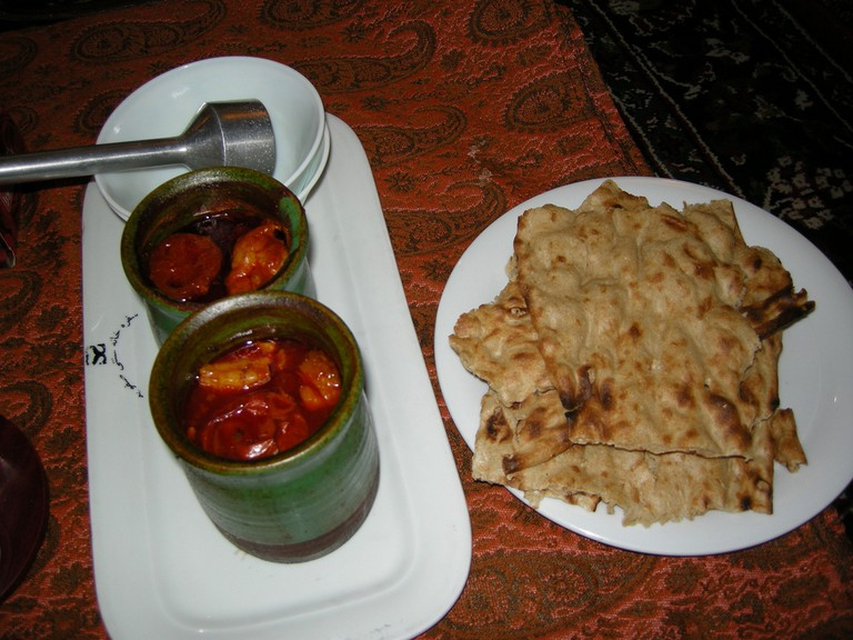 Dizi is cooked and served in a clay pot | © Pontia Fallahi