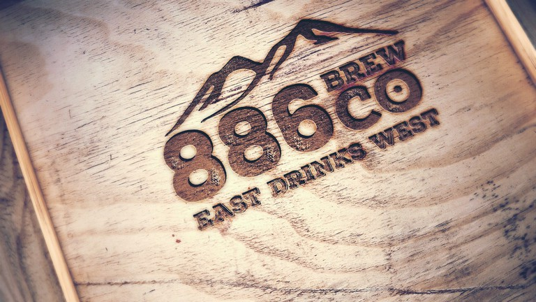 East drinks West   © 886 Brewing Co.