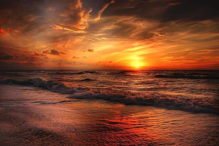 Sunset in Myanmar   © kordi_vahle